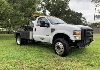 24 hour Towing in Kingwood TX